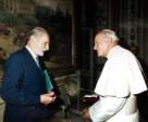 Jan Paweł II i Prof. dr hab. Jacek Woźniakowski